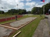 Bau des Bouleplatzes_29