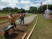Bau des Bouleplatzes_31