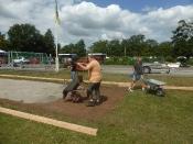 Bau des Bouleplatzes_43